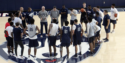 uconn-mens-basketball-holding-open-practice-on-saturday