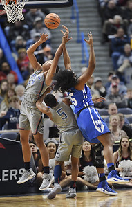 uconn-womens-basketball-working-to-improve-rebounding-game