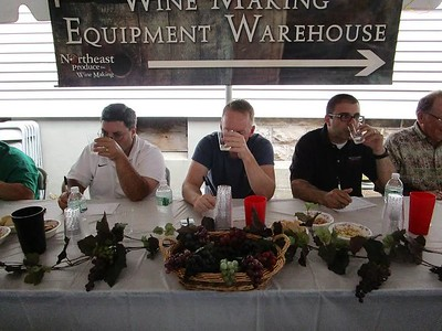 calling-winemakers-homemade-wine-contest-returns