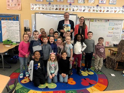 petit-reads-donates-books-to-plainville-first-graders