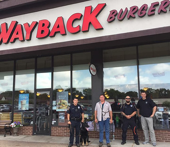 wayback-gives-back-to-bristol-police-k9-unit