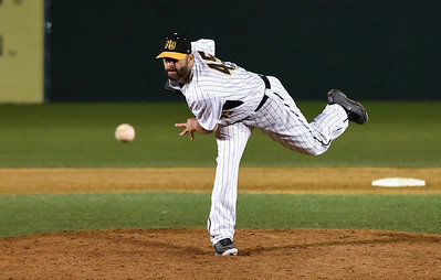 mlb-veteran-beimel-giving-baseball-one-more-shot-with-new-britain-bees