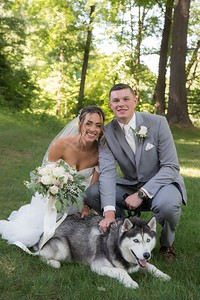 uconns-mascot-becomes-part-of-wedding-party