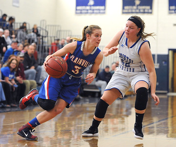 barker-overcomes-early-setback-to-join-rare-group-of-plainville-basketball-players-1000point-club
