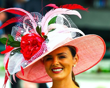horse-racing-food-entertainment-returns-to-full-capacity-at-saratoga-springs-this-thursday