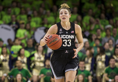 uconn-no-1-in-womens-basketball-ap-top-25-again-after-notre-dame-win