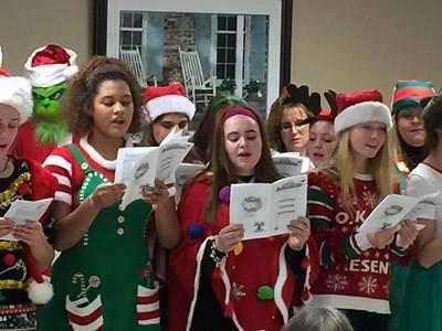 terryville-high-school-spreads-christmas-spirit