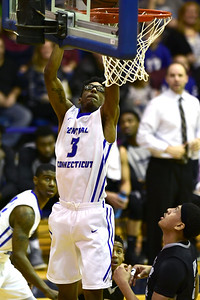 ccsu-mens-basketball-loses-third-straight-to-open-season-after-rout-by-st-johns
