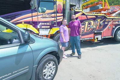 towing-company-donates-van-to-newington-veteran