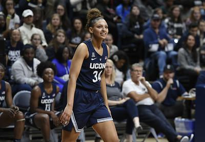 former-uconn-womens-basketball-guard-lexi-gordon-will-transfer-to-texas-tech