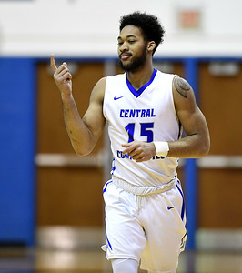 ccsu-mens-basketballs-defense-lacking-in-loss-to-robert-morris
