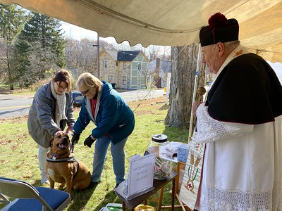 animals-receive-special-blessing-at-holy-trinity-in-southington