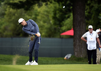 henley-will-try-to-challenge-leader-casey-in-final-round-of-travelers-championship