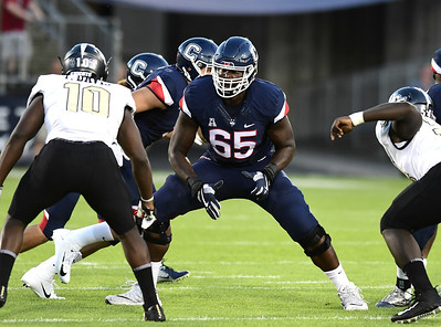 uconn-football-must-prepare-to-replace-many-departing-players