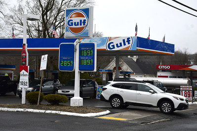 gas-prices-continue-to-drop-in-bristol-area-state
