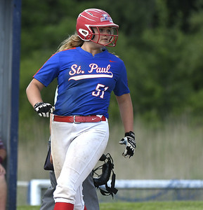 st-paul-softball-edges-out-windsor-locks-in-first-round-of-class-s-tournament
