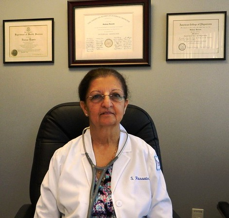Newington Town Crier - Newington's first female doctor to retire