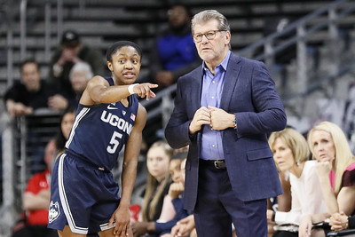 uconn-womens-basketball-unanimous-selection-to-finish-first-in-aac-preseason-poll