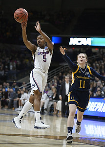 columbus-calling-dangerfields-performance-leads-uconn-womens-basketball-to-11th-straight-final-four