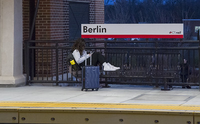 new-commuter-line-exceeds-1-million-passengers
