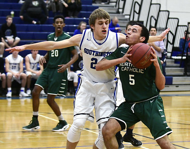 southington-boys-basketball-excels-in-first-half-falls-apart-in-second-in-loss