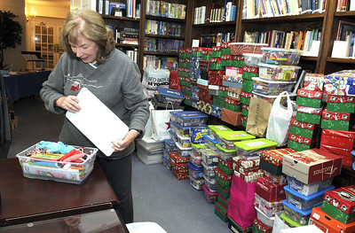 liberty-baptist-church-collects-1500-shoeboxes-of-presents-for-less-fortunate-children