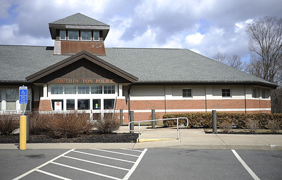 milford-man-pleads-not-guilty-to-leaving-harassing-messages-at-southington-bank