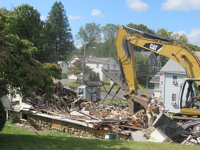 firedamaged-threefamily-house-in-plymouth-demolished
