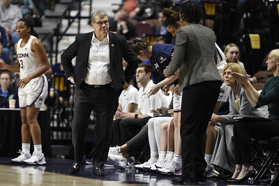 uconn-womens-basketball-schedule-slowly-taking-shape