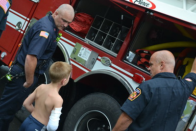 one-of-two-boys-burned-in-bristol-returns-home-receives-special-driveby-from-police-firefighters