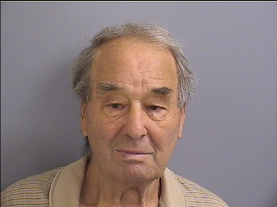plainville-man-accused-of-assaulting-threatening-to-kill-83yearold-woman-during-domestic-incident