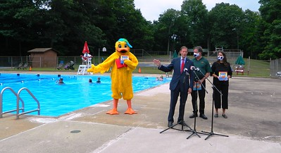 stew-leonard-blumenthal-remind-parents-to-keep-eyes-on-children-when-around-water-this-summer