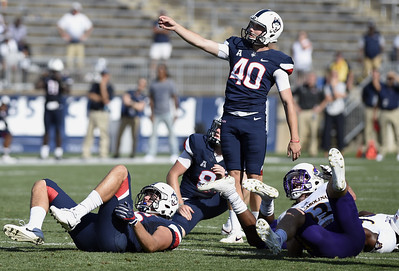 kicker-tarbutt-nearly-perfect-in-uconn-football-annual-spring-game