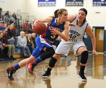 former-plainville-girls-basketball-goto-scorer-barker-finds-new-role-playing-for-emmanuel-college