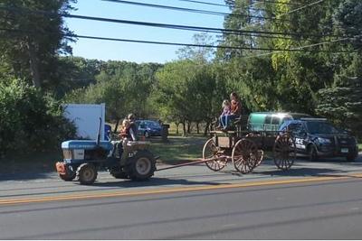 antique-farm-wagon-comes-home-to-kelloggeddy-house