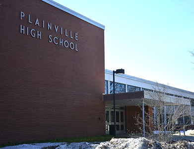 back-to-school-plainville-students-will-begin-under-hybrid-model-but-superintendent-hoping-to-have-everyone-back-full-time-in-a-month