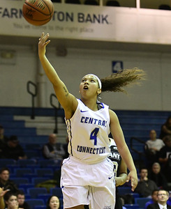 patterson-leads-ccsu-womens-basketball-to-big-road-win-against-wagner