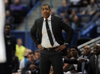 uconn-mens-basketball-playing-colgate-for-first-time-this-seasonkind-of