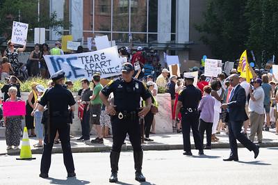hartford-police-arrest-35-at-immigration-protest