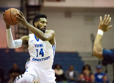 trio-of-transfer-players-have-ccsu-mens-basketball-off-to-strong-start
