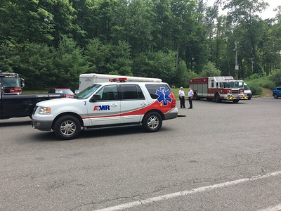 southington-fire-department-ems-rescue-adolescent-male-from-crescent-lake-trail