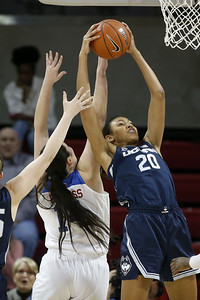 uconn-womens-basketball-takes-care-of-business-against-smu-in-advance-of-big-baylor-matchup