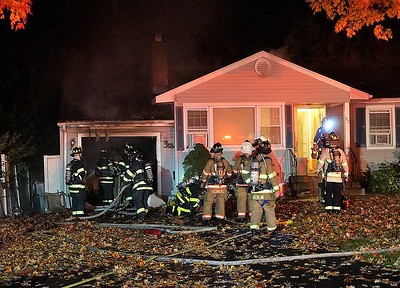 newington-firefighters-responded-to-garage-fire-on-high-ridge-drive-nov-2