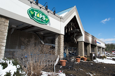 tops-marketplace-fire-in-southington-started-near-pizza-ovens-cause-remains-elusive