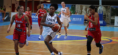 uconn-womens-basketball-recruit-williams-named-wbca-high-school-player-of-the-year