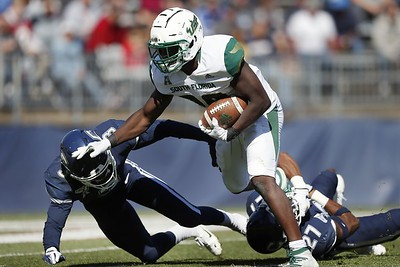 uconn-football-handed-another-tough-loss-falls-to-usf-for-eighth-straight-time