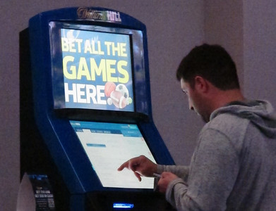 lamont-signs-sports-betting-bill-that-now-awaits-federal-ok