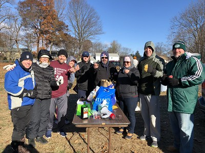 turkey-trot-serves-up-fun-food-and-funds-for-food-bank