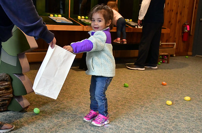 kids-meet-the-easter-bunny-hunt-for-eggs-at-the-barnes-nature-center