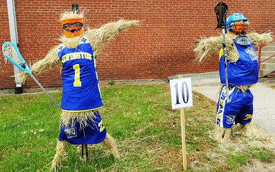 girl-scout-troop-1059-wins-scarecrow-contest
